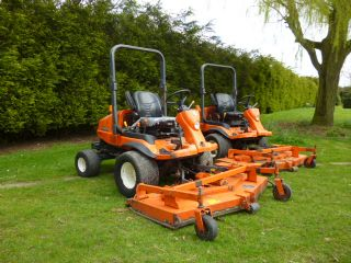 KUBOTA F3680  X 6 OUT FRONT ROTARY RIDE ON MOWER