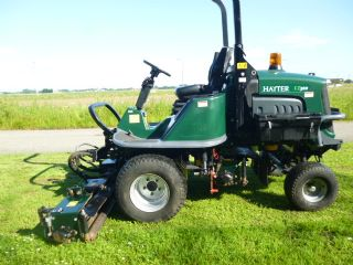 SOLD ! HAYTER LT322 TRIPLE KUBOTA DIESEL MOWER