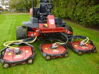 SOLD!!! TORO 4500 5 POD MULCHING POWER RIDE ON MOW
