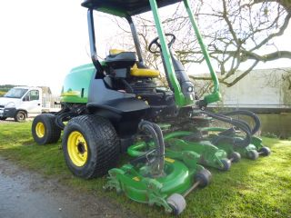 SOLD!!! JOHN DEERE 3245C 5 POD MOWER ROUGH CUT