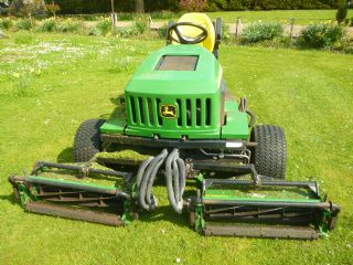 SOLD!!! JOHN DEERE 2653A TEES MOWER RIDE ON