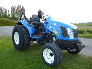SOLD!!! NEW HOLLAND TC40DA COMPACT TRACTOR