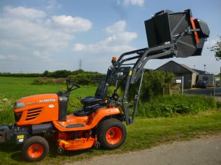 SOLD!!! KUBOTA G23 LAWN TRACTOR COLLECTOR HIGH DUM