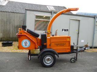 SOLD!!! TIMBERWOLF  TW 150 HB WOOD CHIPPER TOWABL