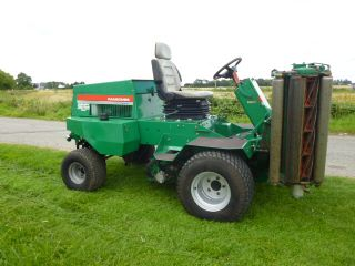 SOLD!!! RANSOMES PARKWAY 2250 PLUS MOWER FLOATING