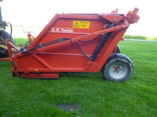 SOLD!!! DW TOMLIN SWEEPER COLLECTOR 120H RC120