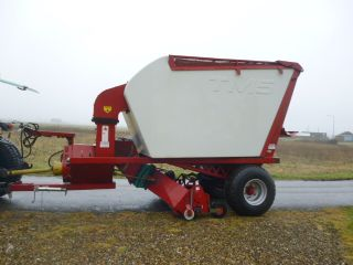 SOLD!!! TURFMECH TM5 VACUUM SWEEPER