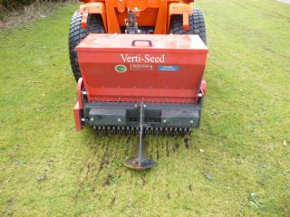 REDEXIM VERTI SEED 804 COMPACT TRACTOR FOOTBALL