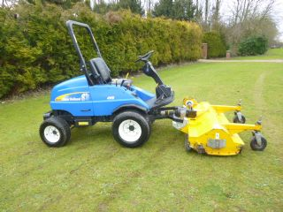 NEW HOLLAND G6035 WITH 5FT MUTHING FLAIL