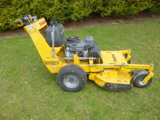 SOLD!!! HUSTLER TRIMSTAR WALK BEHIND PETROL MOWER