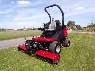 TORO HAYTER LT3340 TRIPLE MOWER 4X4 GROUNDCARE