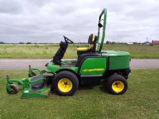 JOHN DEERE 1545 OUTFRONT RIDE ON MOWER
