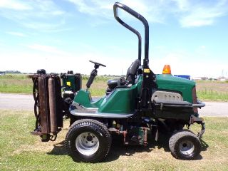 SOLD!!! HAYTER LT324 TRIPLE GANG RIDE ON MOWER 4X4