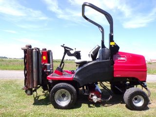 TORO CT2140 TRIPLE RIDE ON MOWER