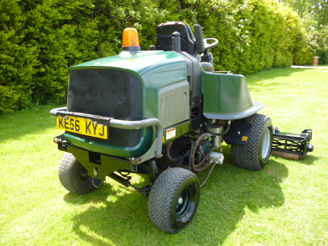 SOLD!!! HAYTER LT322 TRIPLE GANG MOWER DIESEL