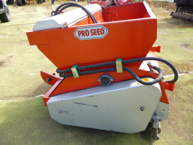 SOLD!!! CHARTER HOUSE PRO SEED TOP DRESSER