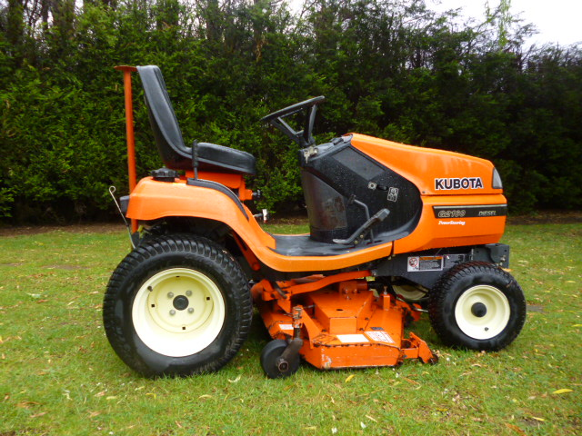 SOLD!!! KUBOTA 2160 YEAR 2011 600 HRS DIESEL RIDE