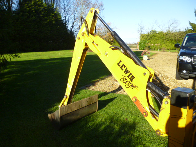SOLD!!! LEWIS BADGER LOADER BACKHOE COMPACT TRACTO for sale