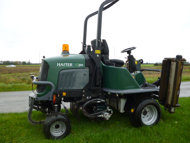 SOLD!!! HAYTER LT324 RIDE ON DIESEL MOWER FLOATING