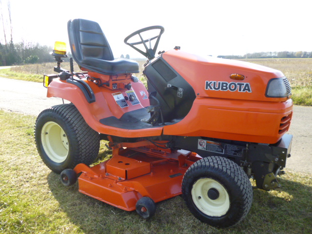 SOLD!!! KUBOTA 2160 YEAR 2008 48 DECK REFURBISHED