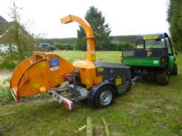 SOLD!!! JENSON A528 WOOD CHIPPER TOW 6