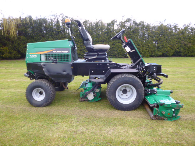SOLD!!! RANSOMES PARKWAY 2250 PLUS TRIPLE MOWER