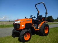 sold ! KUBOTA B2230 COMPACT  HOURS TRACTOR 4X4