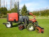 SOLD ! TORO SIDEWINDER 3100D TRIPLE RIDE ON MOWER