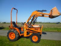 sold  ! KUBOTA B1750 COMPACT TRACTOR LOADER
