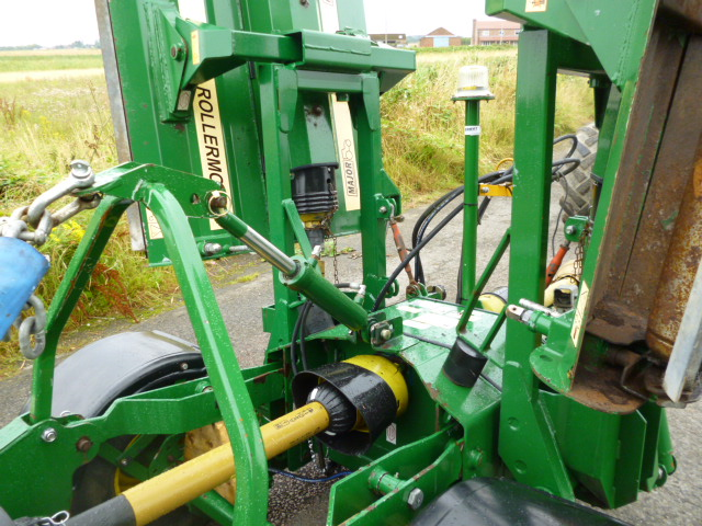 SOLD!!! MAJOR DR1600 BATWING MOWER FOR TRACTOR