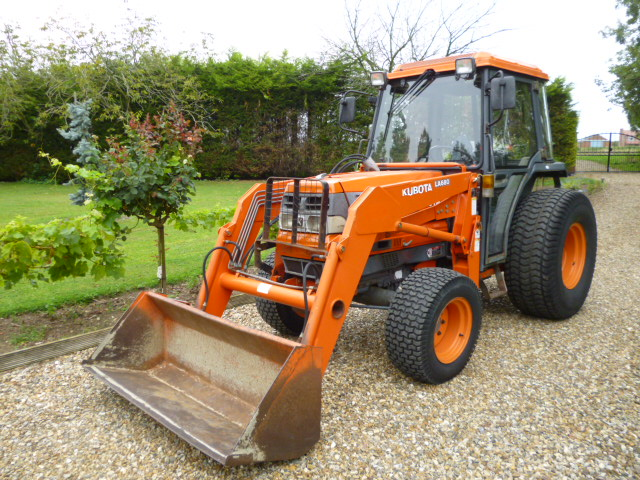 SOLD!!! KUBOTA L4200 COMPACT TRACTOR