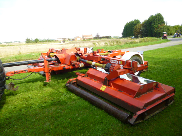 sold tri max pegasus s2 493 3 deck roller mower for sale fnr machinery. Black Bedroom Furniture Sets. Home Design Ideas