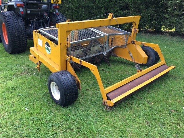 SOLD!!! MCCONNEL DABRO SLITTER FOR A COMPACT TRAC