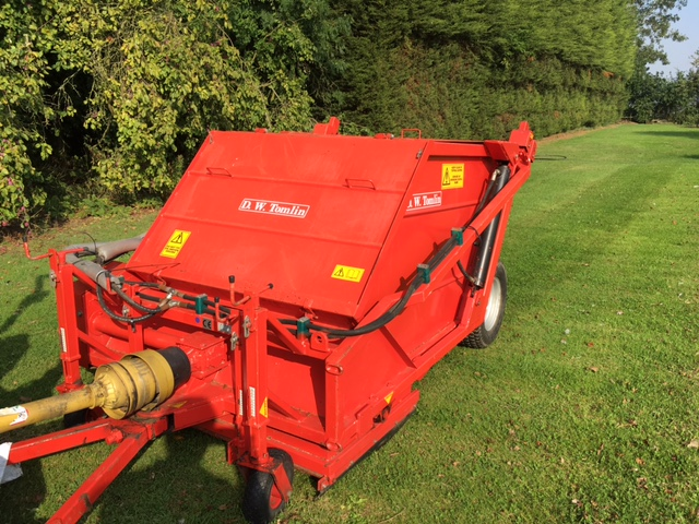 SOLD!!! TOMLIN RC120 SWEEPER LEAF MUCK