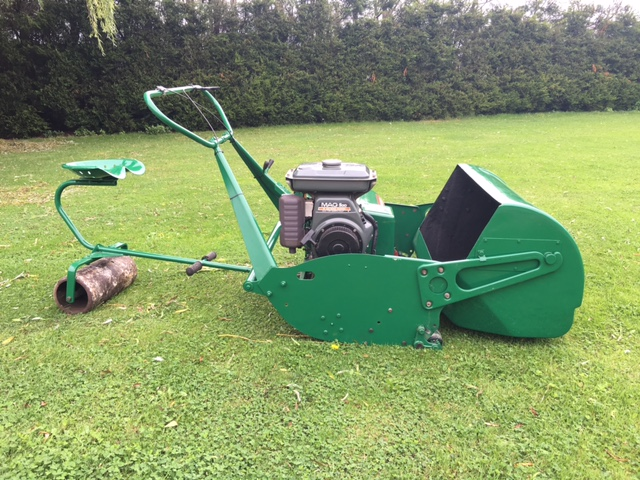SOLD!!! RANSOMES 36 MASTIFF MOWER RIDE ON