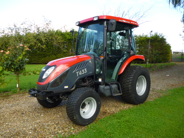 SOLD!!! TYM 433 COMPACT TRACTOR 4X4 AIR CON