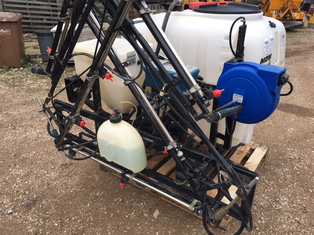 SOLD!!! MARTIN LISHMAN MDM SPRAYER FOR TRACTOR