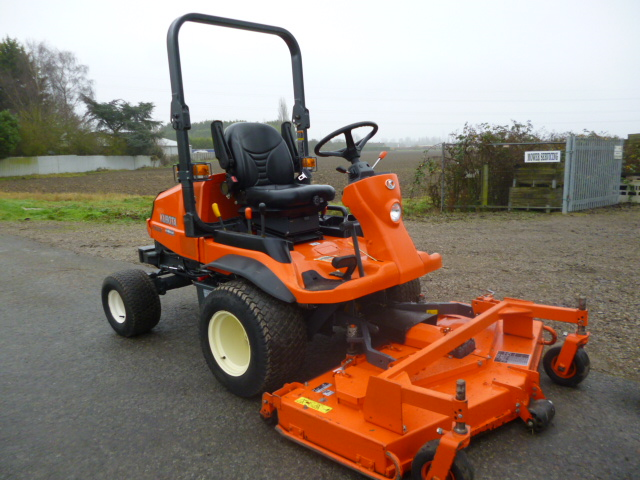 SOLD!!! KUBOTA F2880 4X4 OUTFRONT RIDE ON MOWER
