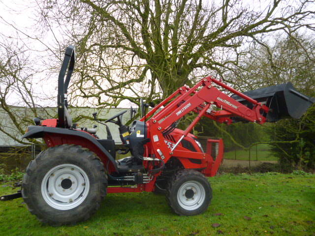 SOLD!!! TYM T353 4X4 COMPACT TRACTOR WITH LOADER