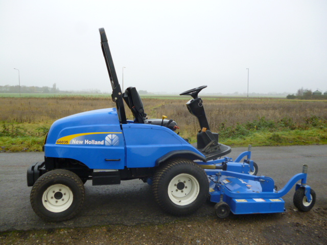 SOLD!!! NEW HOLLAND G6035 OUTFRONT RIDE ON MOWER