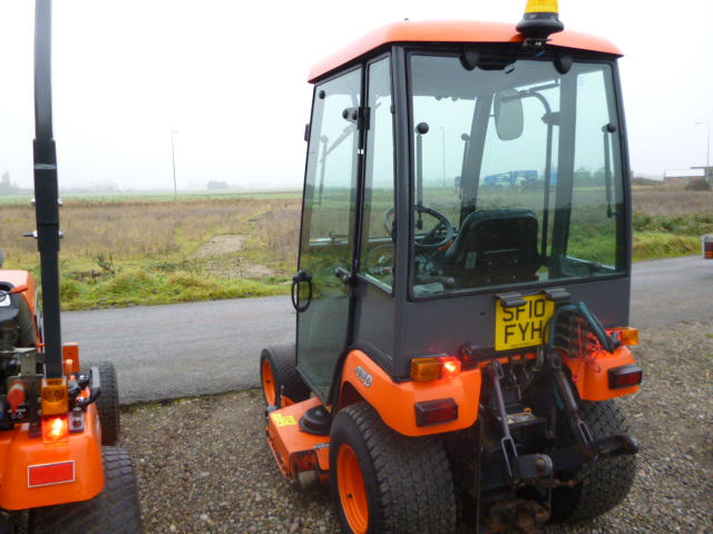 SOLD!!! KUBOTA BX 2350 COMPACT TRACTOR,