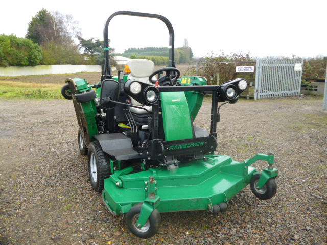 ALL SOLD!!! RANSOMES HR6010 BATWING RIDE ON DIESEL