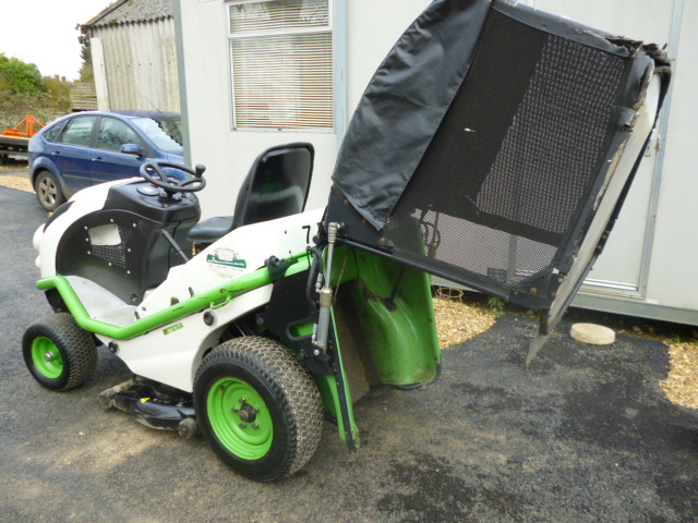SOLD!!! ETESIA HYDRO 100 RIDE ON DIESEL