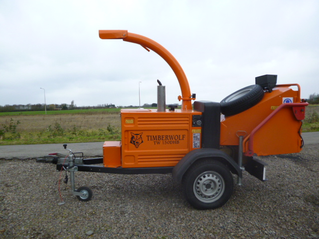 SOLD!!! TIMBERWOLF TW150 HB WOOD CHIPPER *TOWABLE*