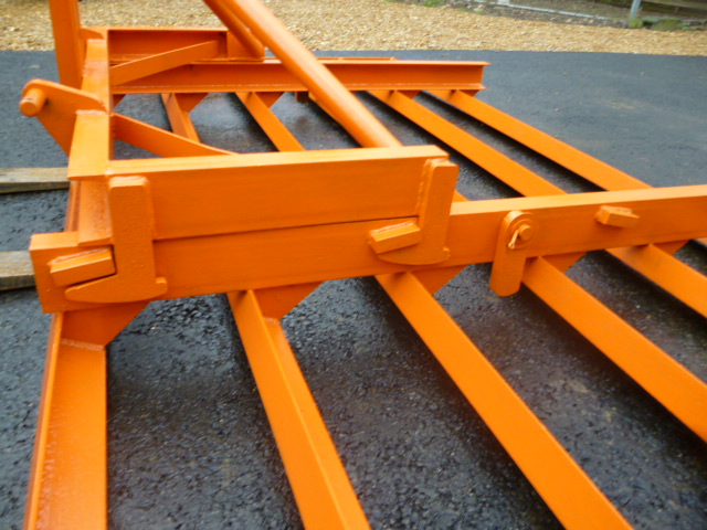 SOLD!!! 1 TRACTOR 3 POINT LINKAGE SMUDGE LEVELLING