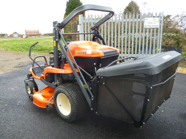 SOLD!!! KUBOTA GZD 21 HIGH TIP MOWER ZERO
