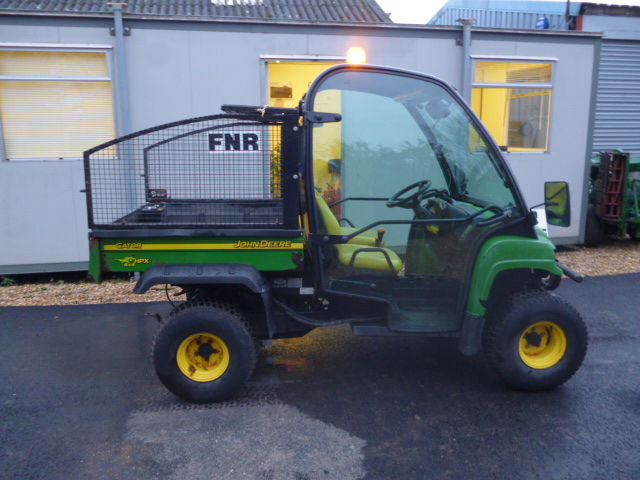 john deere gator hpx diesel 4x4 full cab ebay. Black Bedroom Furniture Sets. Home Design Ideas