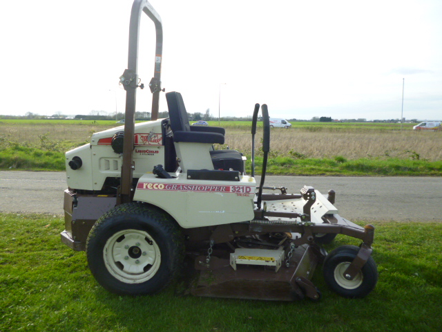 SOLD!!! GRASSHOPPER ZERO TURN 321D MOWER