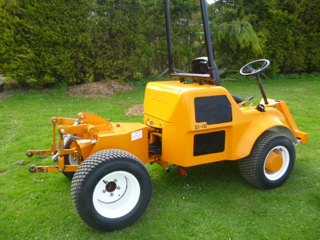SOLD!!! SISIS 211D COMPACT TRACTOR FOR ATTACHMENT