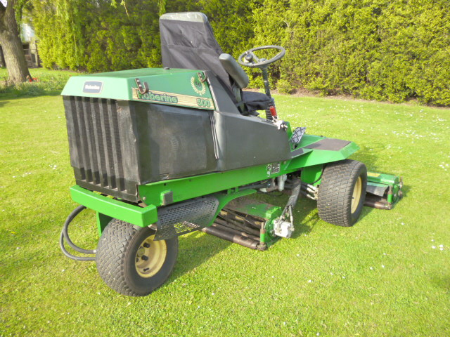 SOLD!!! JOHN DEERE 500 TEES MOWER RIDE